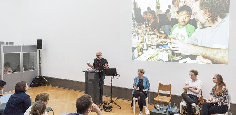 Fighting with Teachers: When Art Meets Pedagogy – © SMB / Juliane Eirich, 2018