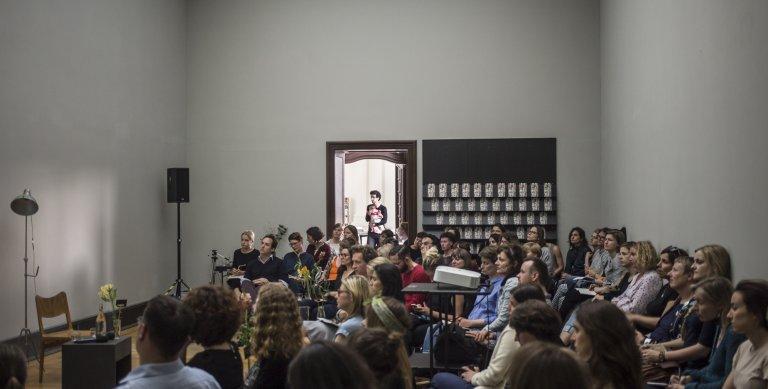 """""""Yes, sorry that is education!"""" Sichtbare Vermittlungsräume im Museum und ihre Auswirkung auf die pädagogische Arbeit – © SMB / Nina Hansch, 2017"""